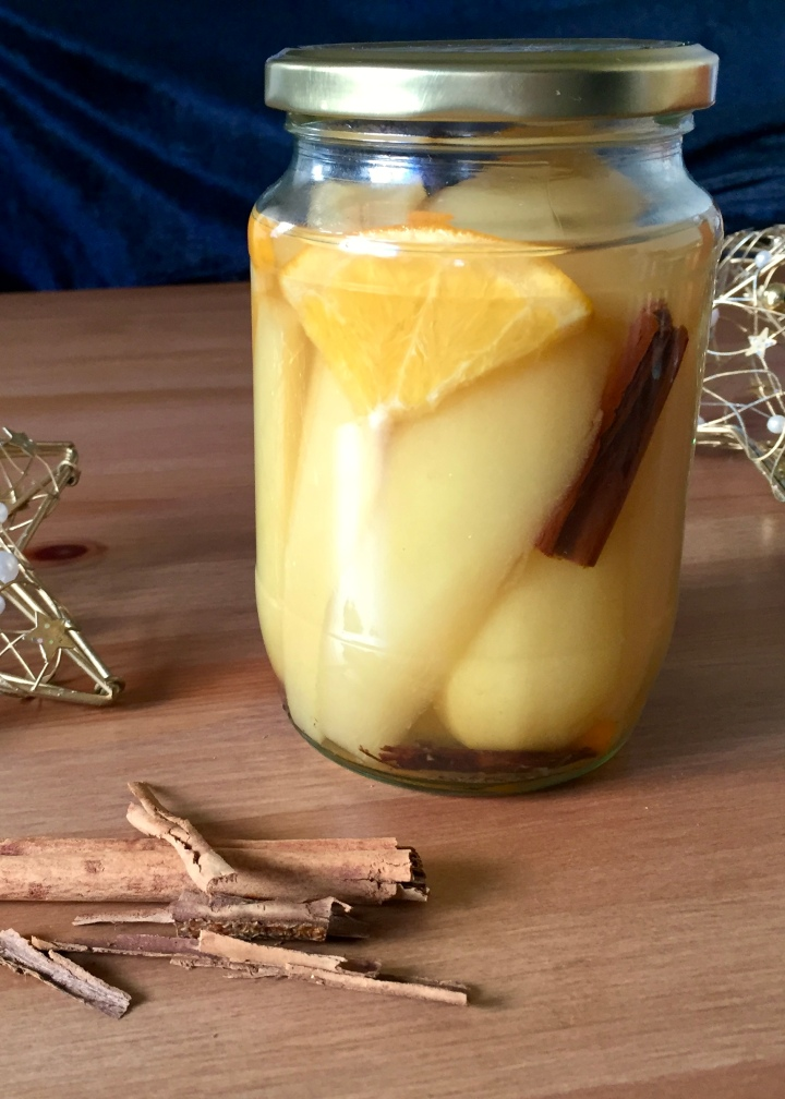 Preserved Pears in RooibosSyrup